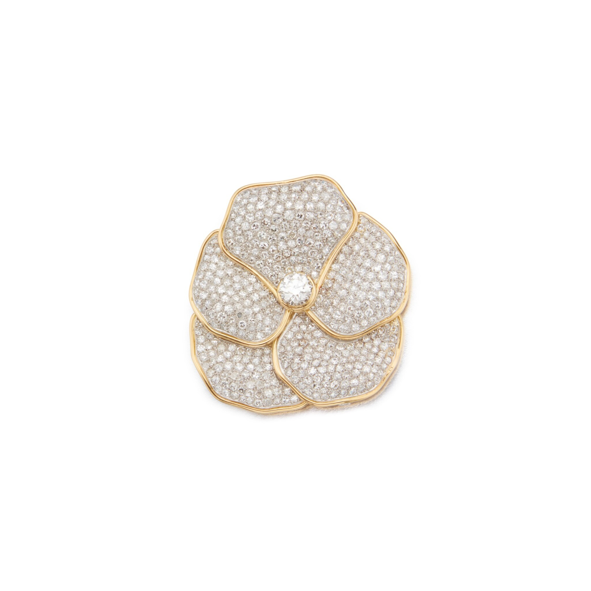 View full screen - View 1 of Lot 37. Diamond Clip-Brooch.