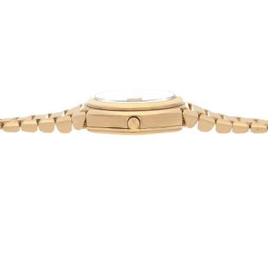 View 5. Thumbnail of Lot 428. 'The Texan' Quartz, Ref. 5100 BETA 21 Yellow gold wristwatch with date and bracelet Circa 1970   勞力士 5100 BETA 21型號「'The Texan' Quartz」黃金鍊帶腕錶備日期顯示,年份約1970.