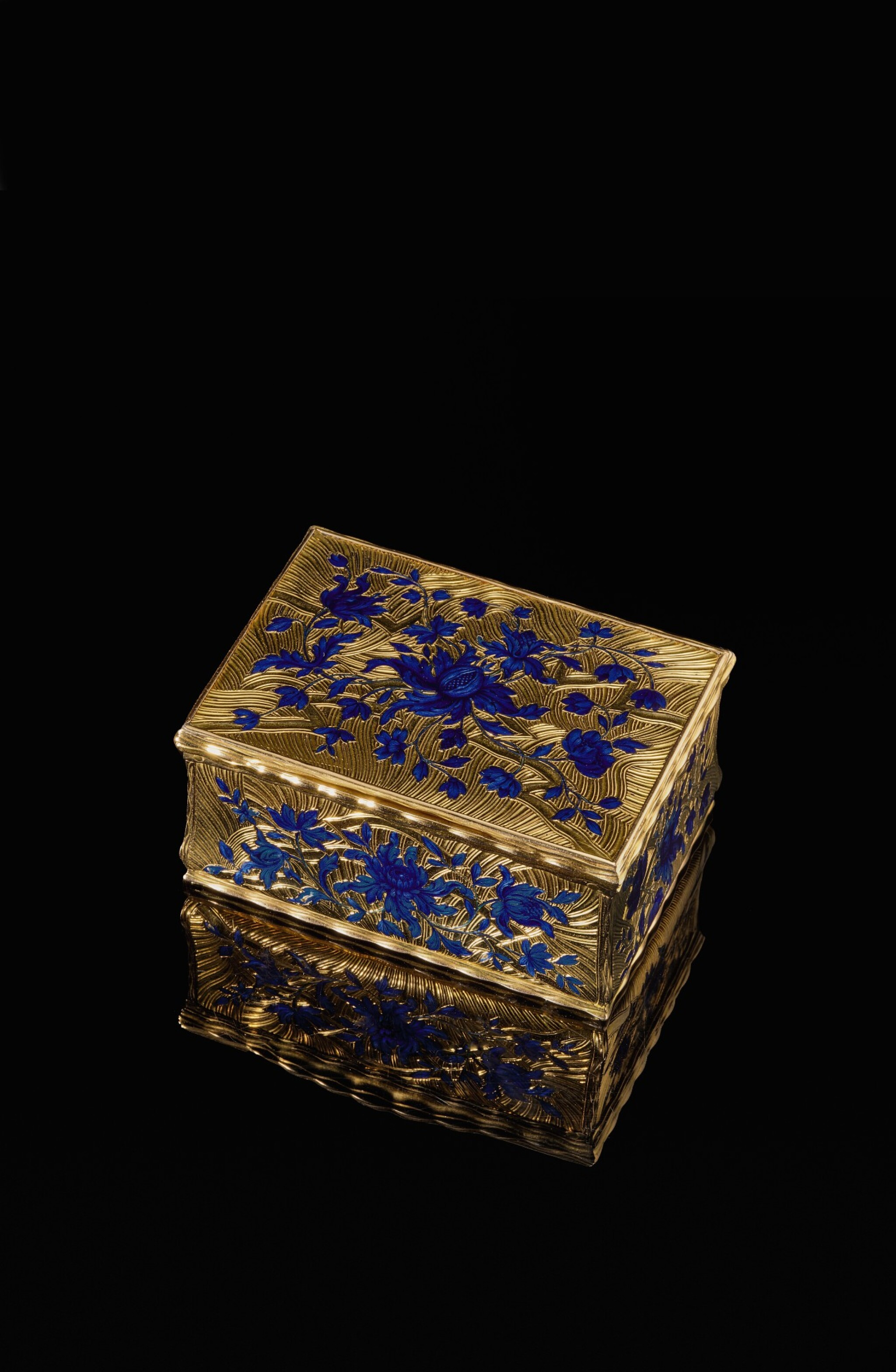 View full screen - View 1 of Lot 14. A gold and enamel snuff box, Anders Liedberg, Stockholm, circa 1763.