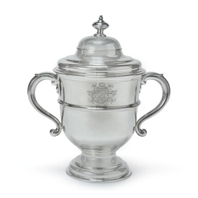 A QUEEN ANNE SILVER TWO-HANDLED CUP AND COVER, ANTHONY NELME, LONDON, 1704