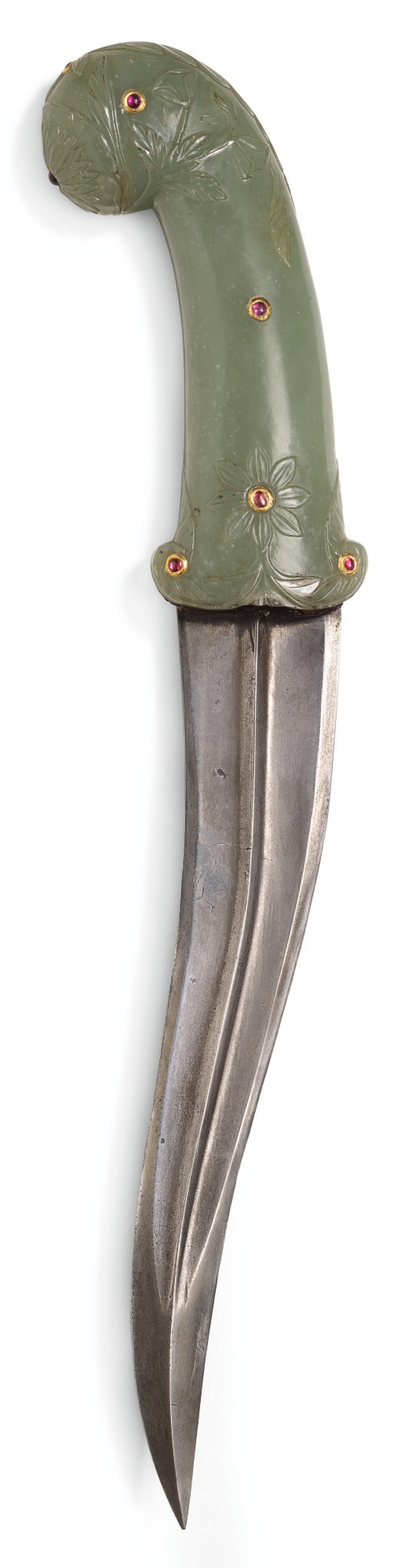 A MUGHAL JEWELLED JADE-HILTED DAGGER (KHANJAR), INDIA, LATE 18TH CENTURY