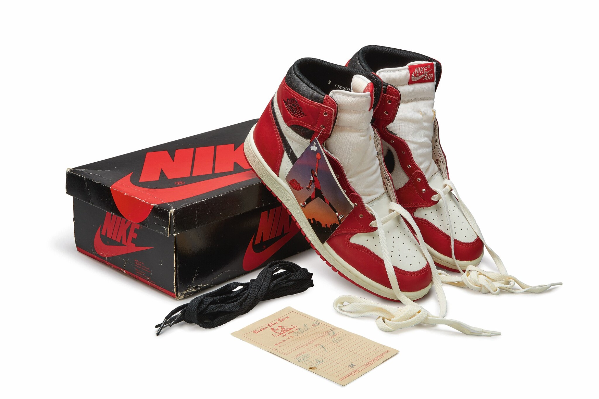 View full screen - View 1 of Lot 9. Nike Air Jordan 1 High OG (1985) 'Chicago' | Size 9.