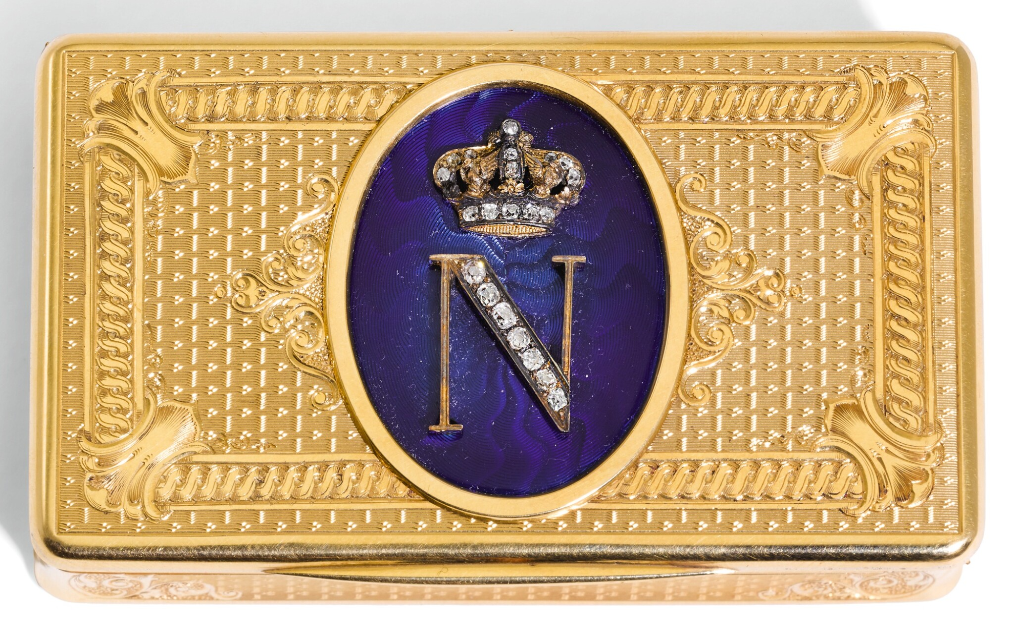 View full screen - View 1 of Lot 36. A JEWELLED GOLD AND ENAMEL PRESENTATION SNUFF BOX, PROBABLY GERMAN, CIRCA 1860.