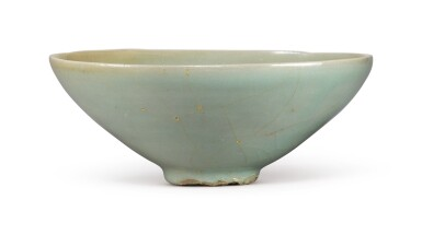 View 5. Thumbnail of Lot 1070.  A CARVED CELADON-GLAZED BOWL,  KOREA, GORYEO DYNASTY, 13TH / 14TH CENTURY.