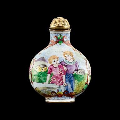 View 2. Thumbnail of Lot 1012. A Canton enamel 'European subject' snuff bottle Mark and period of Qianlong   清乾隆 銅胎廣東畫琺瑯西洋人物圖鼻煙壺 《乾隆年製》款.