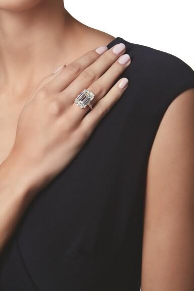 View 2. Thumbnail of Lot 548. DIAMOND RING | 鑽石戒指.