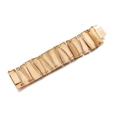 View 3. Thumbnail of Lot 122. Amethyst bracelet (Bracciale con ametiste).
