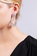 GRAFF | PAIR OF DIAMOND PENDENT EARRINGS