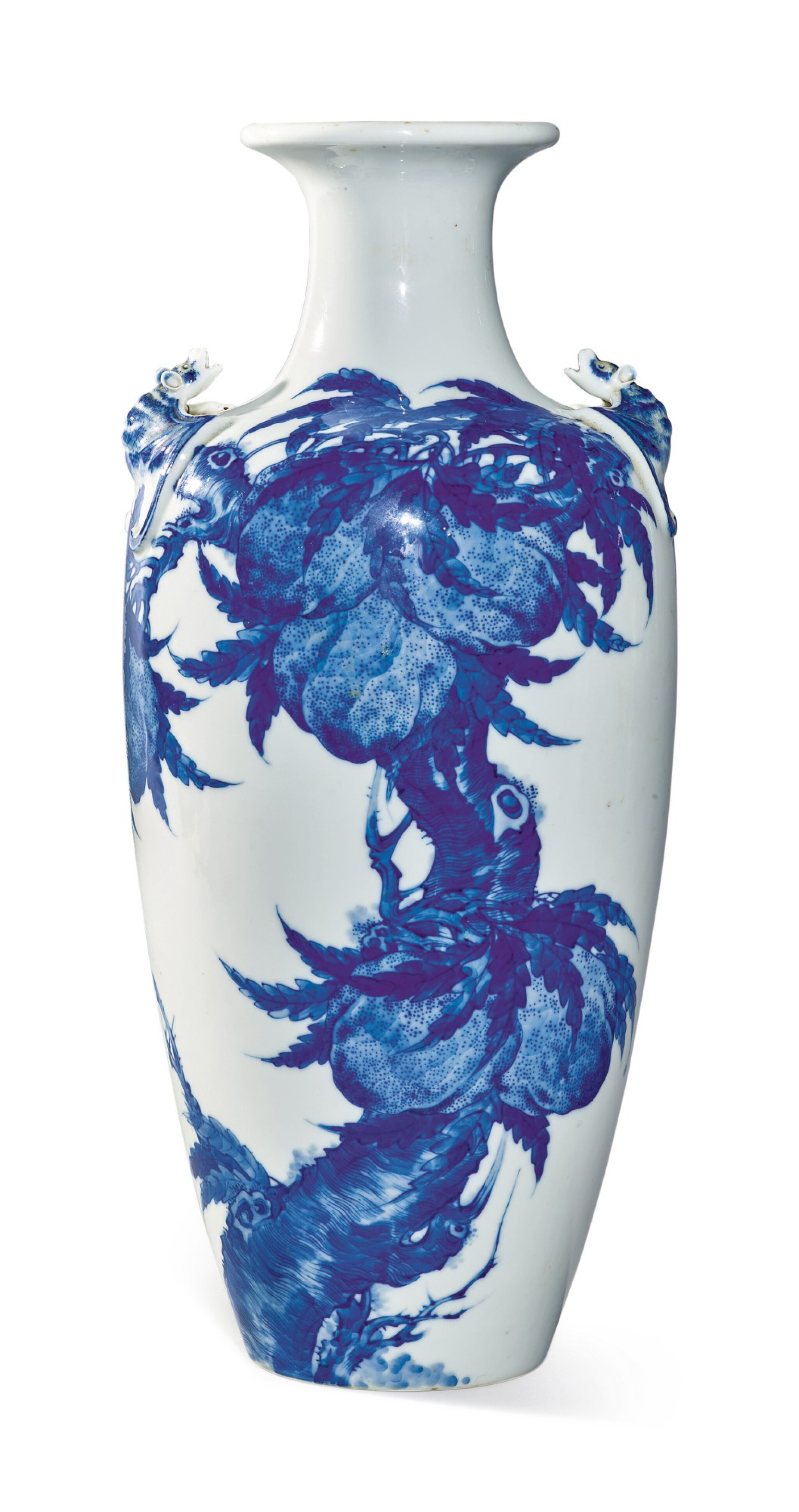View full screen - View 1 of Lot 1139. A BLUE AND WHITE 'PEACH' VASE, 19TH / 20TH CENTURY.