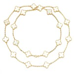 Mother of pearl necklace, 'Alhambra'