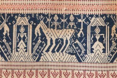 """View 6. Thumbnail of Lot 4. Deux tissus cérémoniels """"à jonques"""" tampan, Lampung, Sumatra, Indonésie, début du 20e siècle   Two ceremonial """"ship clothes"""" tampan, Lampung, Sumatra, Indonesia, early 20th century."""