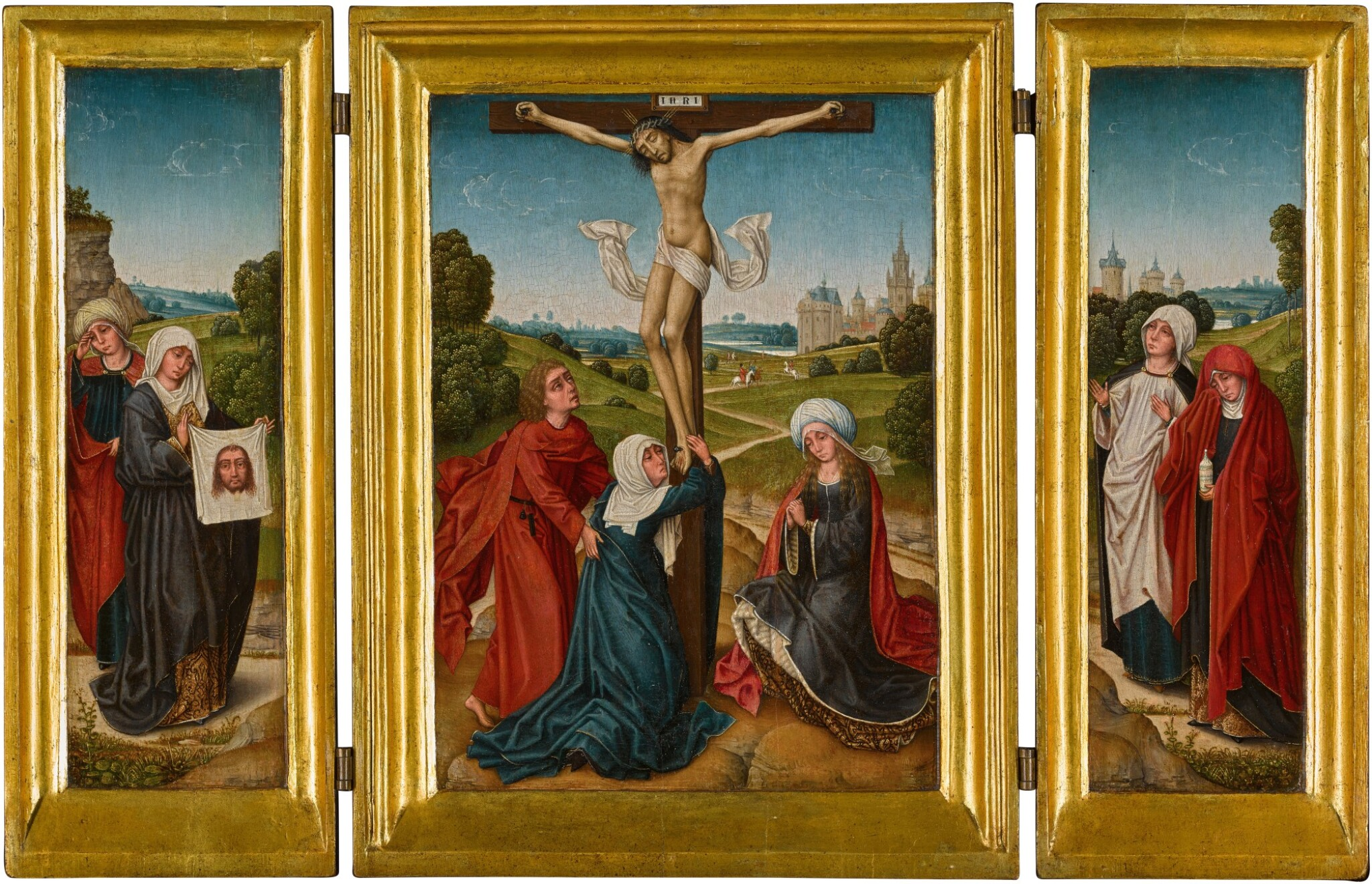 View full screen - View 1 of Lot 1. A portable triptych: The Crucifixion with Saints John, Mary and a companion (central panel); Saint Veronica and a companion (left wing); Saint Mary Magdalene and a companion (right wing)   《小型三聯作:十字架苦像與聖約翰、瑪利亞及同伴(中央畫板);聖韋羅尼加與同伴(左翼);聖抹大拉的馬利亞與同伴(右翼)》.