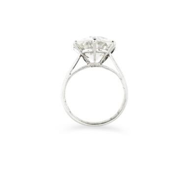 View 3. Thumbnail of Lot 16. BAGUE DIAMANT | DIAMOND RING.
