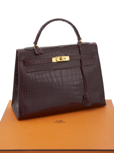 Bordeaux porosus crocodile and gold hardware handbag, Kelly 32, Hermès, 1962