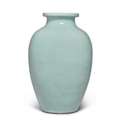View 4. Thumbnail of Lot 82. A Guan-type ovoid jar, Qing dynasty, 18th / 19th century   清十八 / 十九世紀 仿官釉罐.