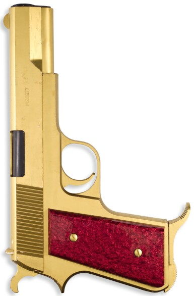 ENLARGED MODEL: 'JAMES BOND'S NEW GUN', DESIGNED BY DAVID COLLINS AND FLORIS VAN DEN BROECKE FOR GRANADA PUBLISHING LTD., 1977