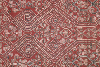 View 3. Thumbnail of Lot 50. Tissu cérémoniel pua, Iban, Borneo, Indonesia, début du 20e siècle | Sacred ceremonial cloth pua, Iban, Borneo, Indonesia, early 20th century.