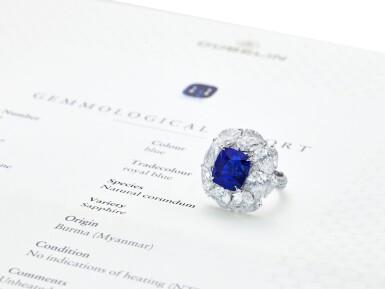View 4. Thumbnail of Lot 1731. Sapphire and Diamond Ring   9.56克拉 天然「緬甸皇家藍」藍寶石 配 鑽石 戒指(鑽石共重約13.44克拉).