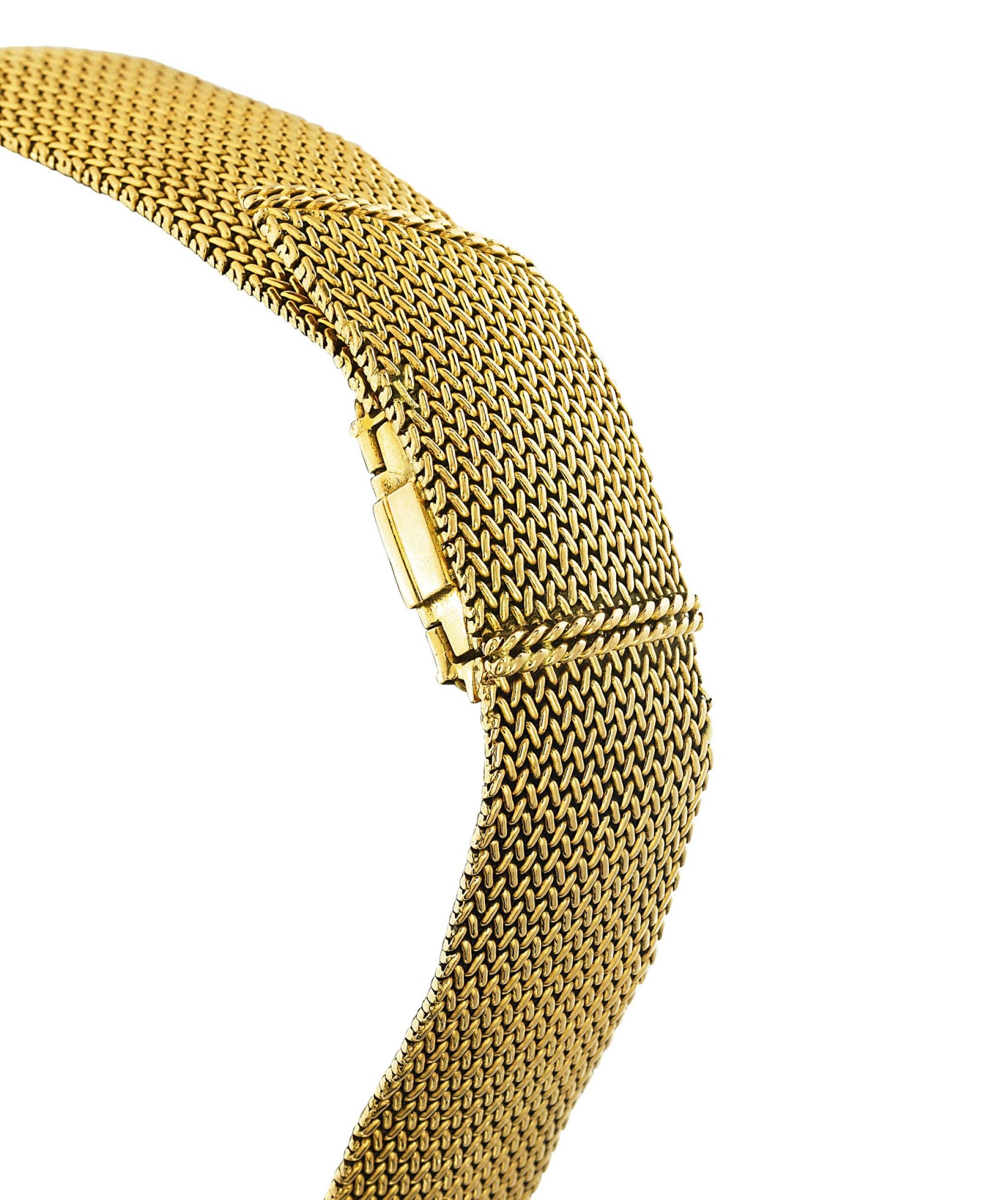 View full screen - View 1 of Lot 68. Montre bracelet de dame or | Gold lady's bracelet watch.