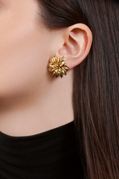 PAIR OF GOLD EAR CLIPS | TIFFANY & CO.
