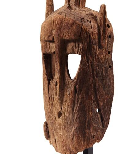 View 3. Thumbnail of Lot 14. Masque walu, Dogon, Mali   Dogon walu mask, Mali.