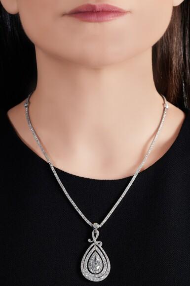 View 4. Thumbnail of Lot 649. Diamond necklace, circa 1910 | 鑽石項鏈,約1910年.