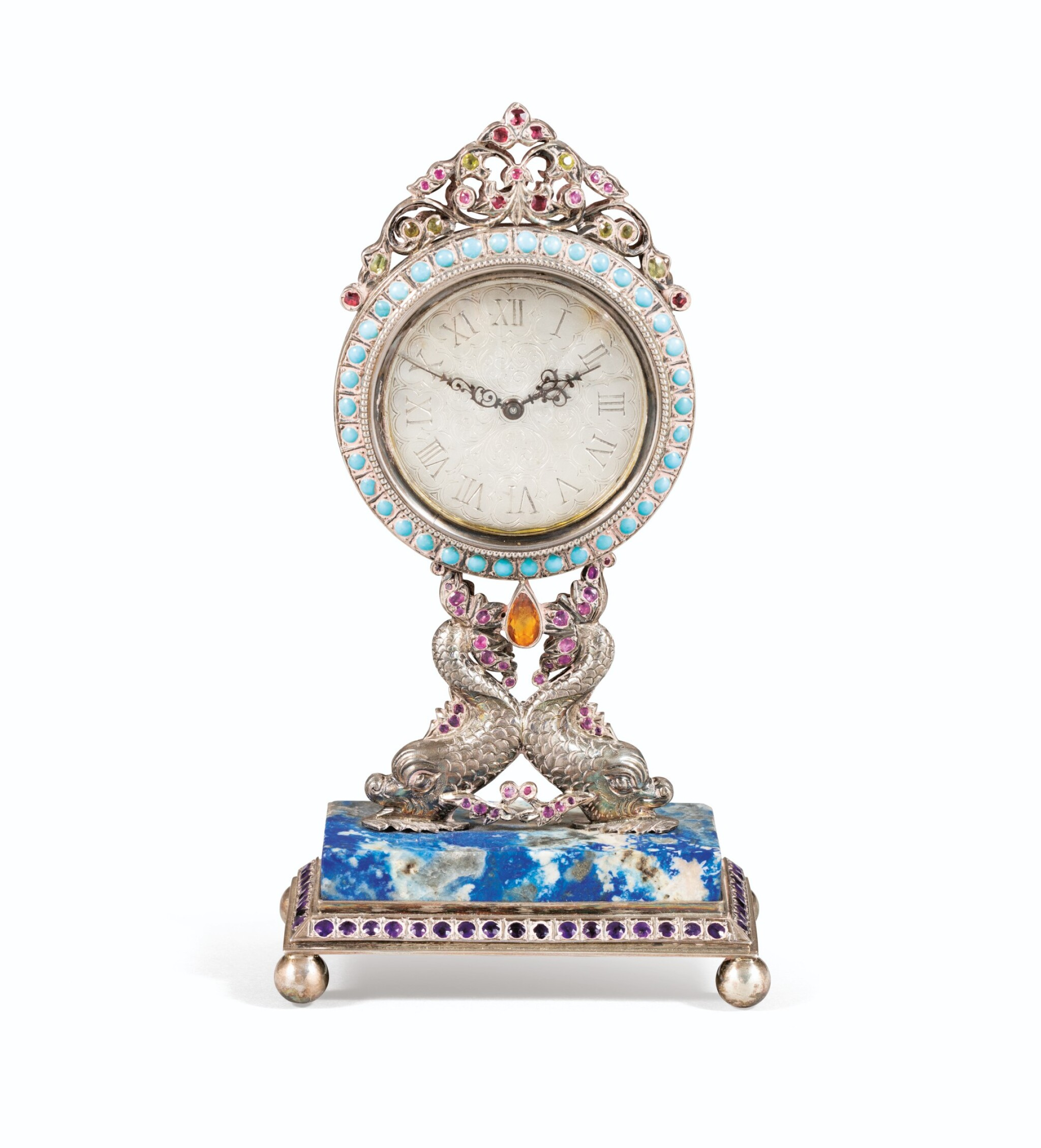 View full screen - View 1 of Lot 64. SMALL TABLE CLOCK IN SILVER AND VERMEIL, PROBABLY ITALY, 20TH CENTURY | PETITE PENDULE DE TABLE EN ARGENT ET VERMEIL, PROBABLEMENT ITALIE, XXÈME SIECLE.