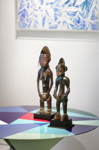 View 5. Thumbnail of Lot 27. Statue, Sénufo / Baulé, Côte d'Ivoire | Senufo/Baule figure, Côte d'Ivoire.