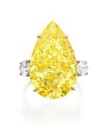 Exceptional fancy vivid yellow diamond ring   艷彩黃色鑽石戒指