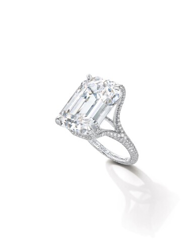 View 2. Thumbnail of Lot 1694. Sotheby's Diamonds   'Basket' Diamond Ring   「蘇富比鑽石」   'Basket' 21.14克拉 方形 D色 完美無瑕 鑽石 戒指.