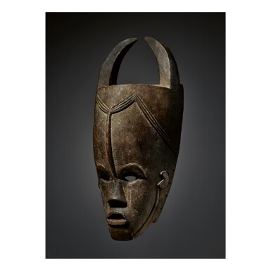 BETE-GURO MASK BY THE MASTER OF GONATE, CÔTE D'IVOIRE