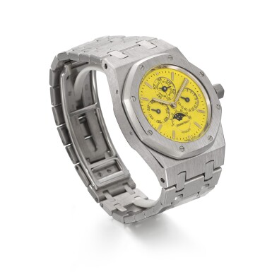 View 3. Thumbnail of Lot 201. AUDEMARS PIGUET | AN EXCEPTIONAL ROYAL OAK PERPETUAL CALENDAR, REFERENCE 25800BC WHITE GOLD PERPETUAL CALENDAR BRACELET WATCH WITH A BRIGHT YELLOW DIAL CIRCA 1996.