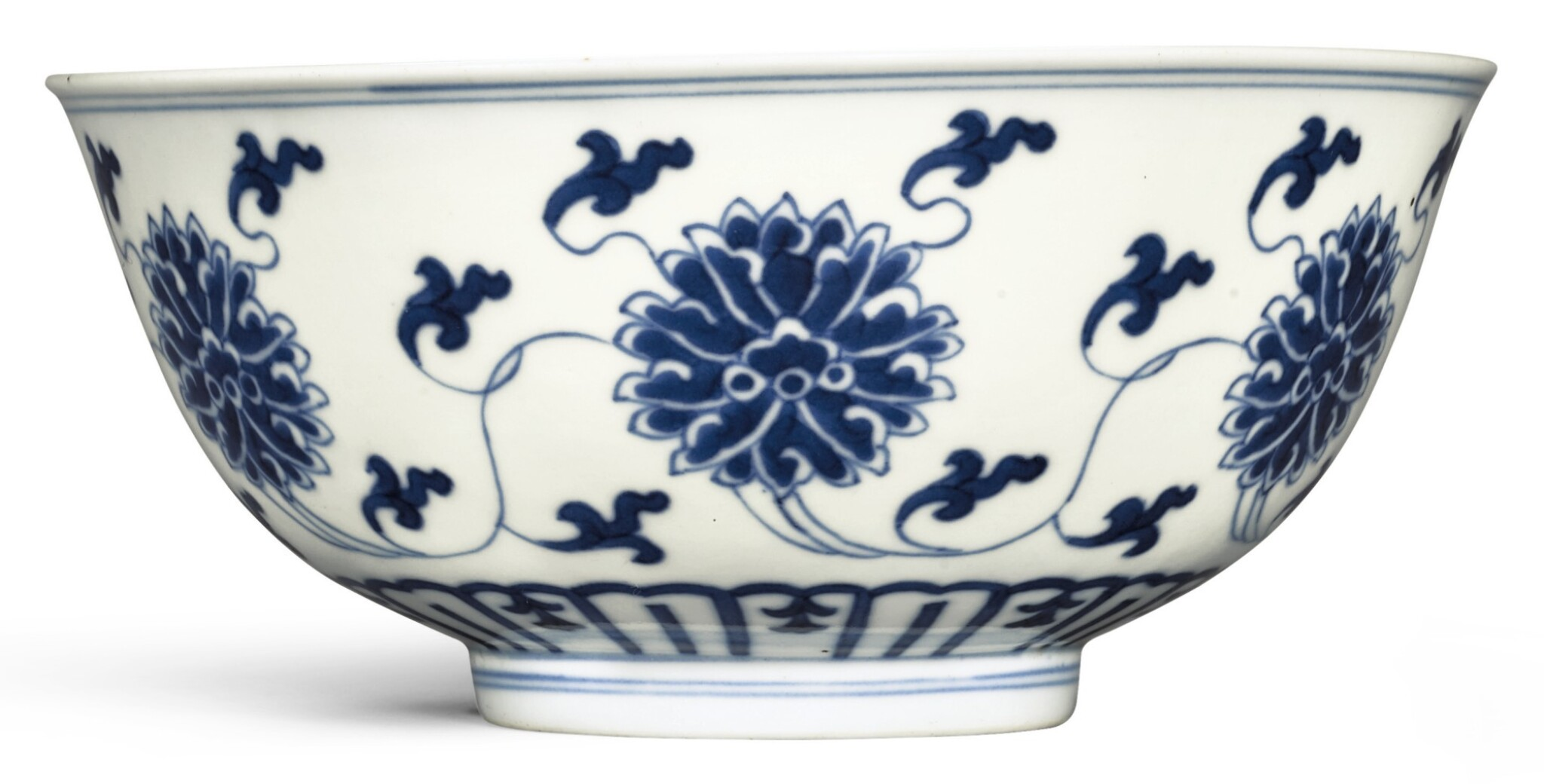 View full screen - View 1 of Lot 333. A BLUE AND WHITE 'LOTUS' BOWL DAOGUANG SEAL MARK AND PERIOD   清道光 青花纏枝蓮紋盌 《大清道光年製》款.