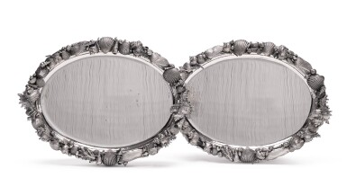 A PAIR OF ITALIAN SILVER OVAL MARINE-THEME PLATTERS, GIANMARIA BUCCELLATI, BOLOGNE, LATE 20TH CENTURY