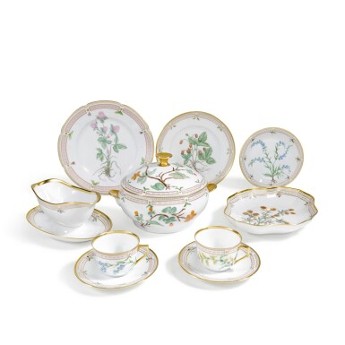 View 2. Thumbnail of Lot 46. A ROYAL COPENHAGEN 'FLORA DANICA' PART SERVICE AND A BING & GRONDHAL PART DINNER SERVICE, 20TH CENTURY.