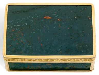A GOLD-MOUNTED BLOODSTONE SNUFF BOX, JOSEF WOLFGANG SCHMIDT, VIENNA, CIRCA 1800