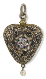 PROBABLY ENGLISH, PROBABLY 17TH CENTURY | Heart-Shaped Pendant with a Bust of Christ and a Tudor Rose