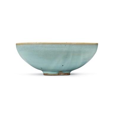 View 4. Thumbnail of Lot 194. A sky-blue glazed 'Jun' bowl, Jin dynasty | 金 鈞窰天藍釉盌.