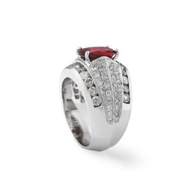 View 2. Thumbnail of Lot 122.  Rhodolite garnetand diamond ring [Baguegrenatrhodolite et diamants].