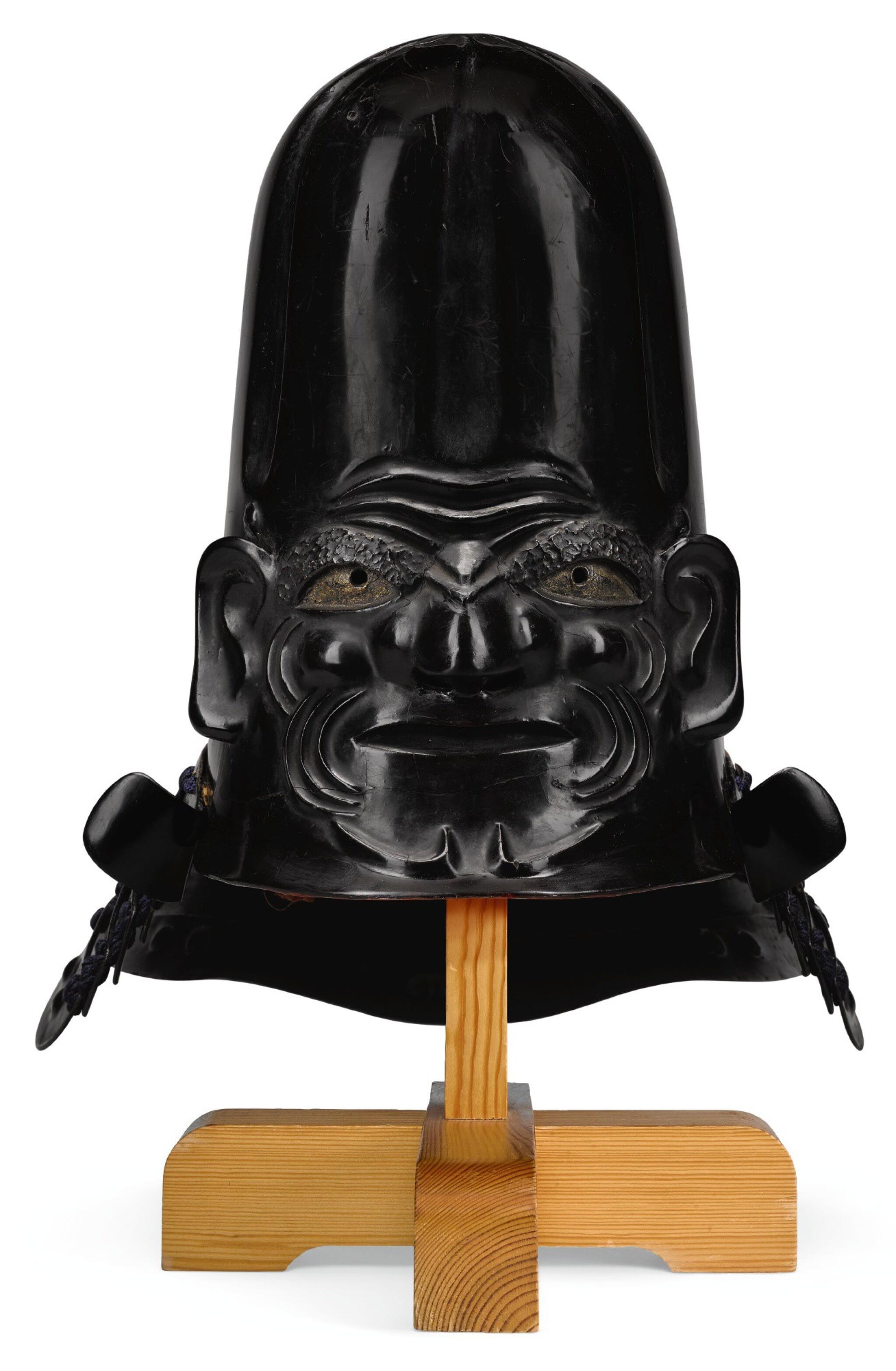 A MAGNIFICENT KAWARI KABUTO, EDO PERIOD | 17TH CENTURY