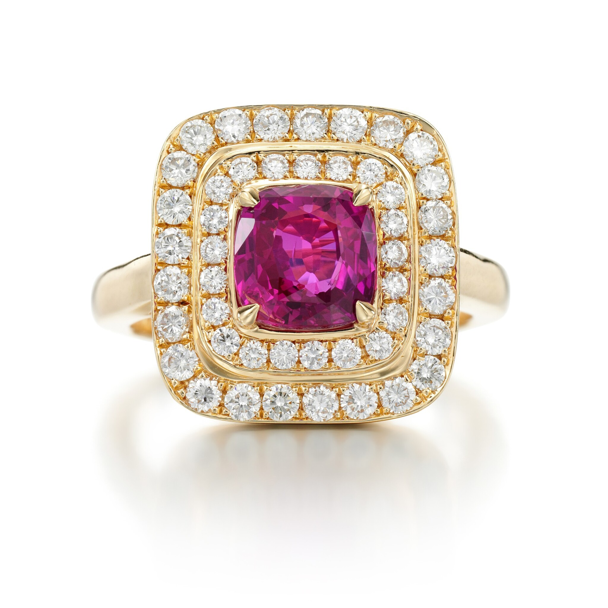 View full screen - View 1 of Lot 94. PINK SAPPHIRE AND DIAMOND RING.