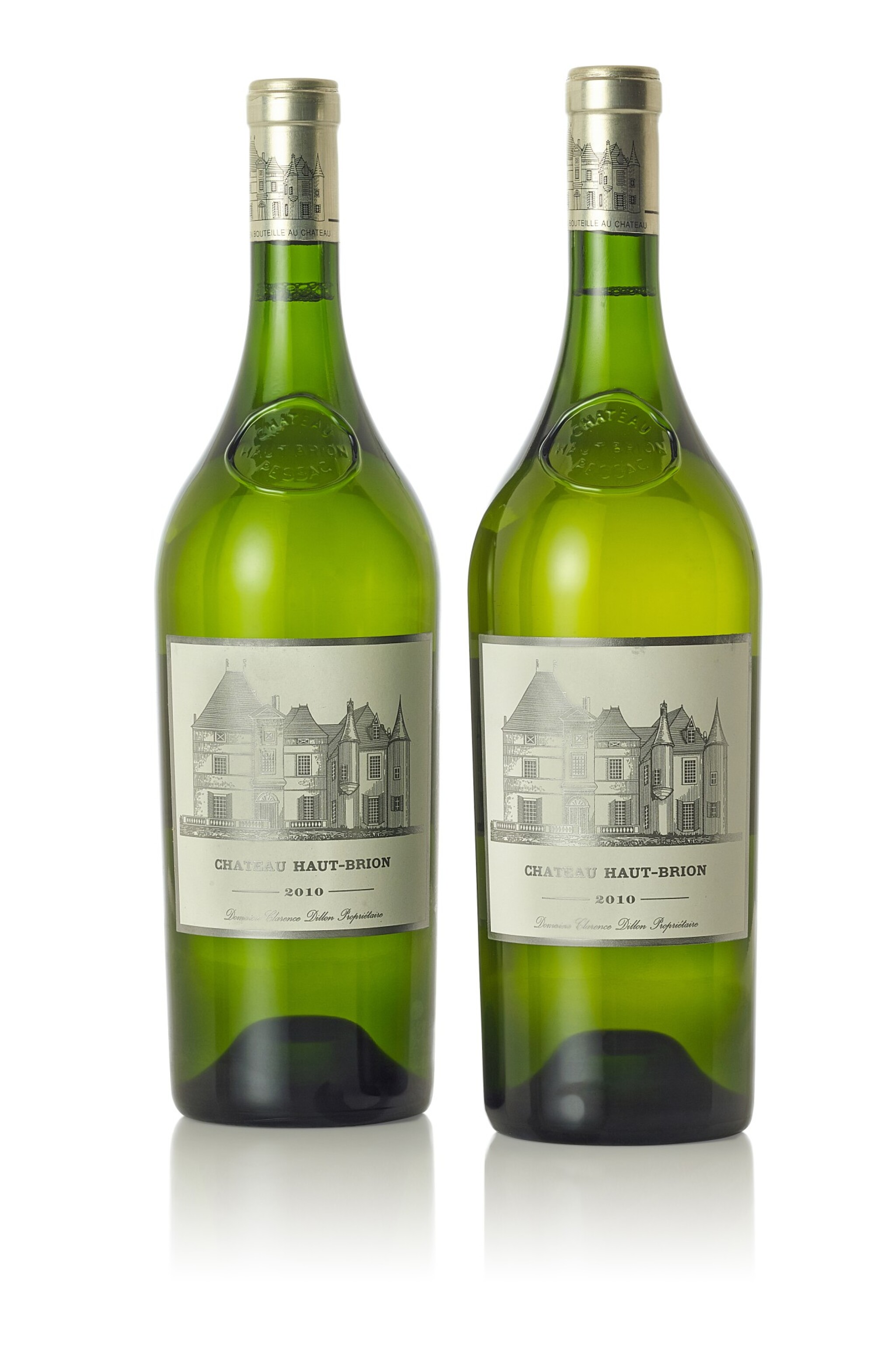 View full screen - View 1 of Lot 8028. Château Haut Brion Blanc 2010  (2 MAG)   .