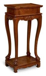 A HUANGHUALI RECTANGULAR HIGH-WAISTED STAND MING DYNASTY, 17TH CENTURY | 明十七世紀 黃花梨高束腰三彎腿長方香几