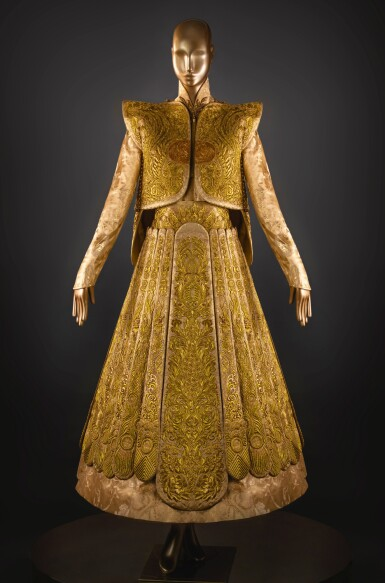 GUO PEI | GOLD CHINESE TRADITIONAL BRIDAL DRESS