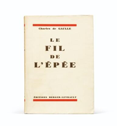 View 2. Thumbnail of Lot 250. Le Fil de l'Épée. 1932. Broché. Edition originale avec dédicace imprimée à Pétain. 1/25 sur pur fil.
