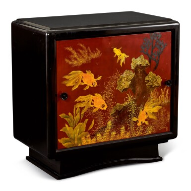 View 3. Thumbnail of Lot 2031. Truong Van Thanh | A lacquer cabinet with a panel decorated with fish 漆木櫃, 畫板彩繪金魚.