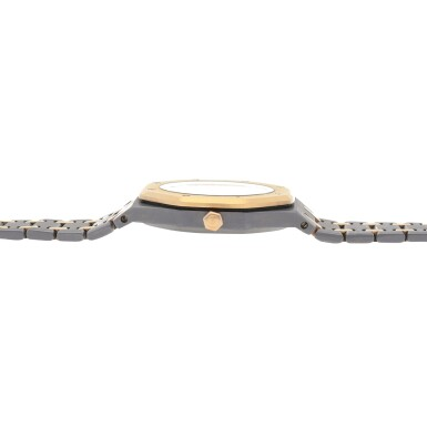 View 5. Thumbnail of Lot 521. Royal Oak, Ref. 14486TR Pink gold and tantalum wristwatch with date and bracelet Circa 1993 | 愛彼 14486TR型號「Royal Oak」粉紅金及鉭金屬鍊帶腕錶備日期顯示,年份約1993.