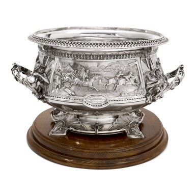 View 1. Thumbnail of Lot 265.  A VICTORIAN SILVER LARGE PUNCH BOWL, JOHN HUNT & ROBERT ROSKELL, LONDON, 1881.