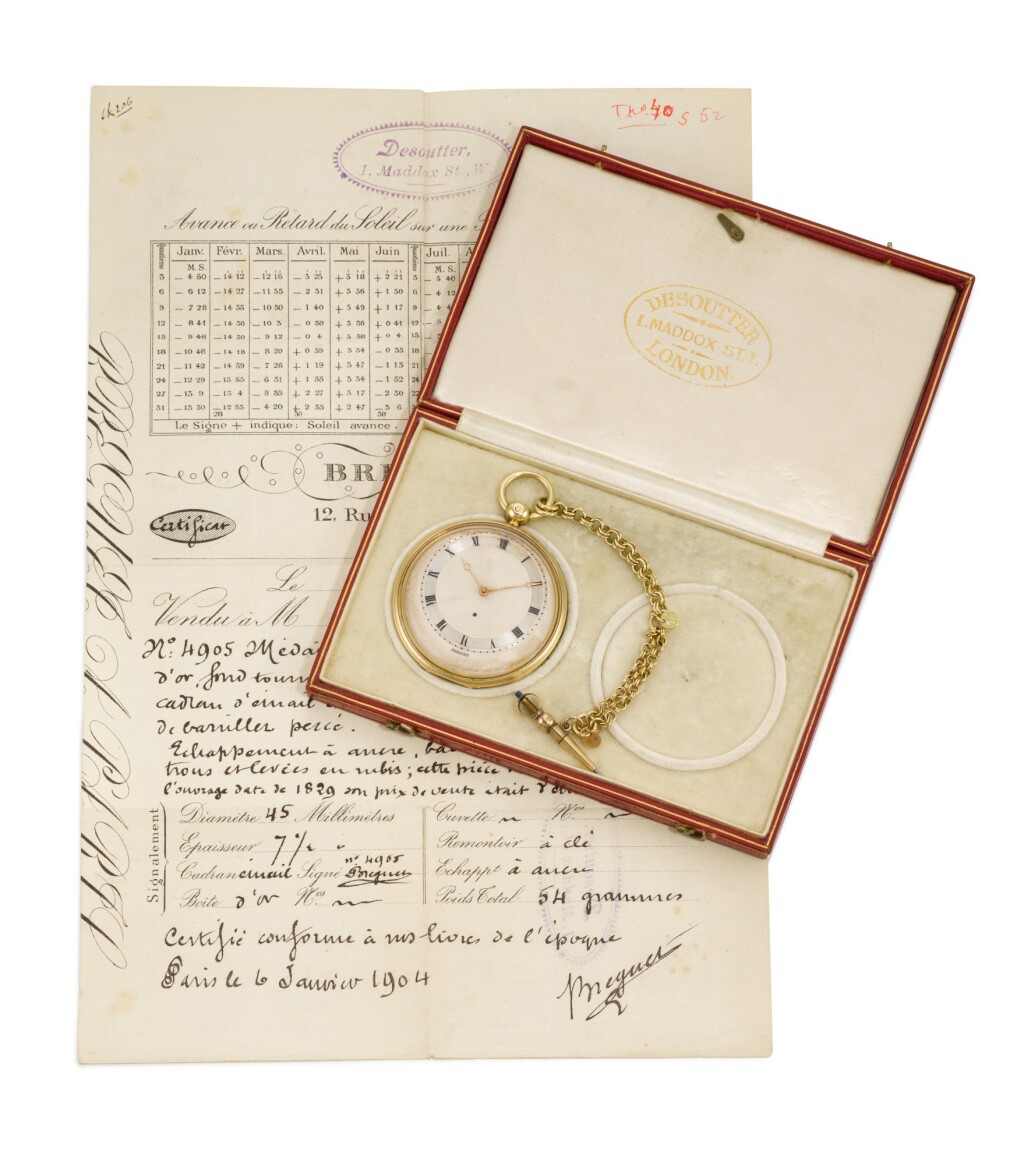 BREGUET | A GOLD 'MONTRE MÉDAILLON' LEVER WATCH WITH ECCENTRIC DIAL, KEY AND CHAIN AND A FITTED DESOUTTER BOX  1829, NO. 4905
