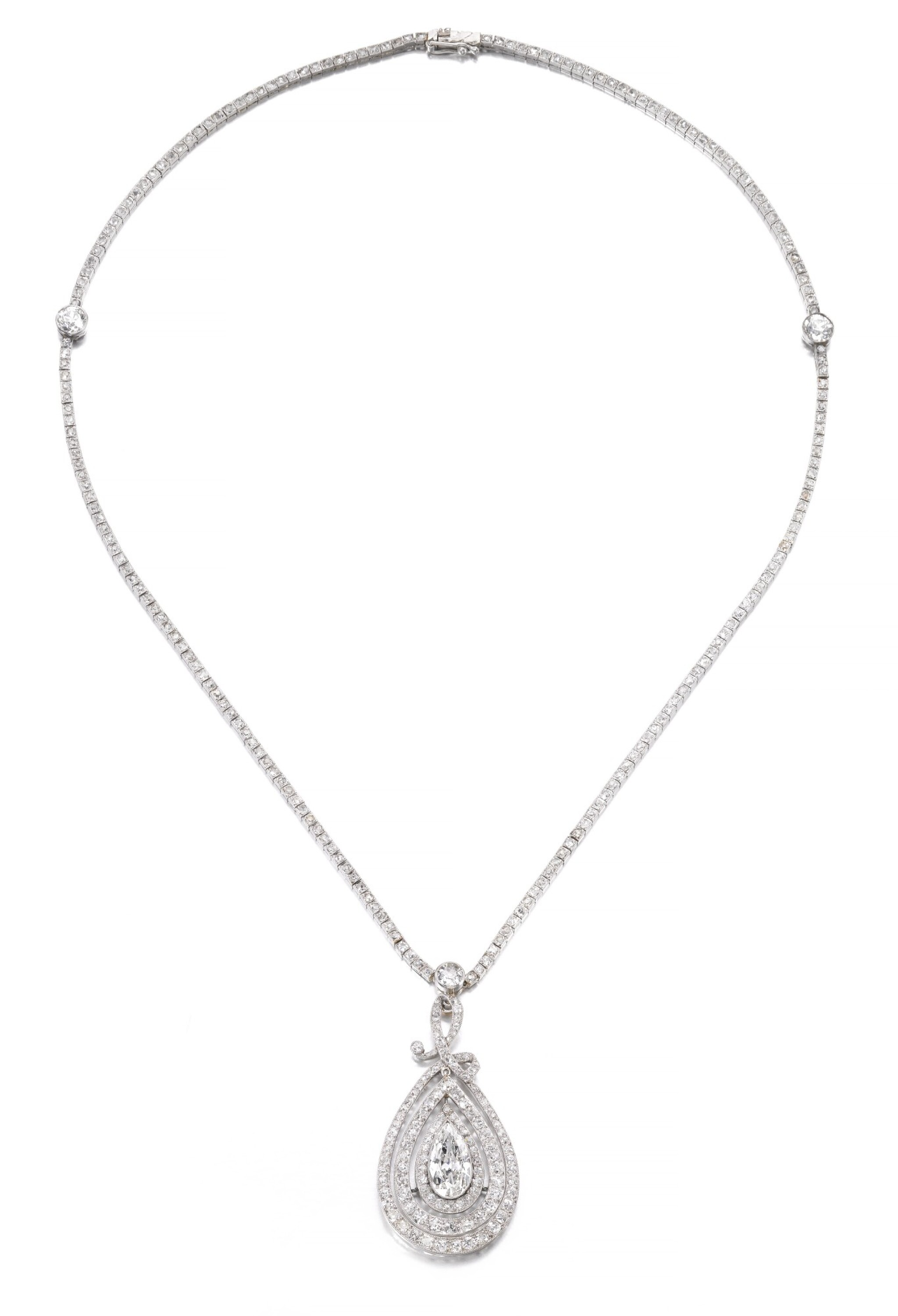 View full screen - View 1 of Lot 649. Diamond necklace, circa 1910 | 鑽石項鏈,約1910年.